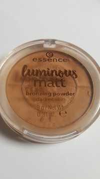 Essence - Luminous matt - Bronzing powder 02 Sunglow