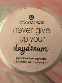 Essence - Never give up your daydream - Eyeshadow palette