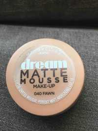 Maybelline - Jade dream - Matte mousse make-up 040 fawn