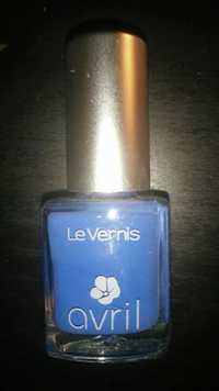 Avril - Le Vernis