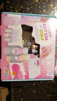 Grafix - Body-lotion and Soap