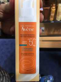 AVÈNE - Cleanance solaire/sunscreen Matifiant SPF50+
