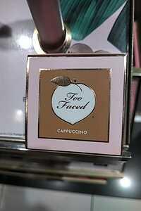 TOO FACED - Cappuccino - Corrector