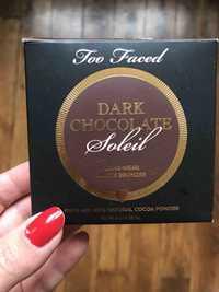 TOO FACED - Dark chocolate - Long-wear matte bronzer