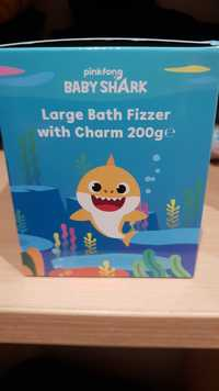 PINKFONG - Baby shark - Large bath fizzer with charm