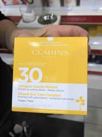 Clarins - Compact solaire minéral