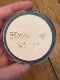 REVOLUTION - Pressed powder