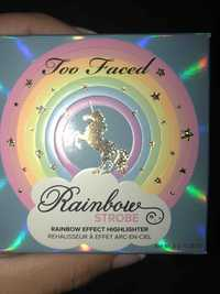Too Faced - Rainbow strobe - Rehausseur à effet arc en ciel