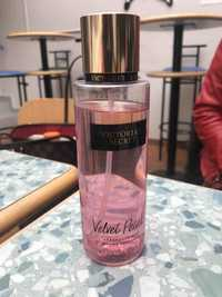 VICTORIA'S SECRET - Velvet Petals - Brume parfumée