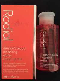 RODIAL - Hydrate and tone - Dragon's blood cleansing water