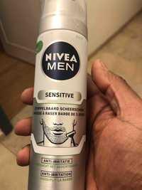 NIVEA - Men Sensitive - Mousse à raser barbe de 3 jours