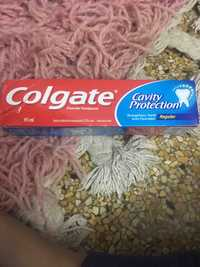 Colgate - Cavity protection - Fluoride toothpaste