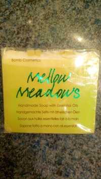 BOMB COSMETICS - Mellow meadows - Savon aux huiles essentielles