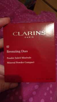 CLARINS - 02 Bronzing duo  - Poudre soleil minérale