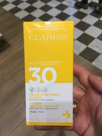 Clarins - Gel en huile solaire invisible SPF 30 haute protection