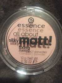 ESSENCE - All about silky matt - Compact powder